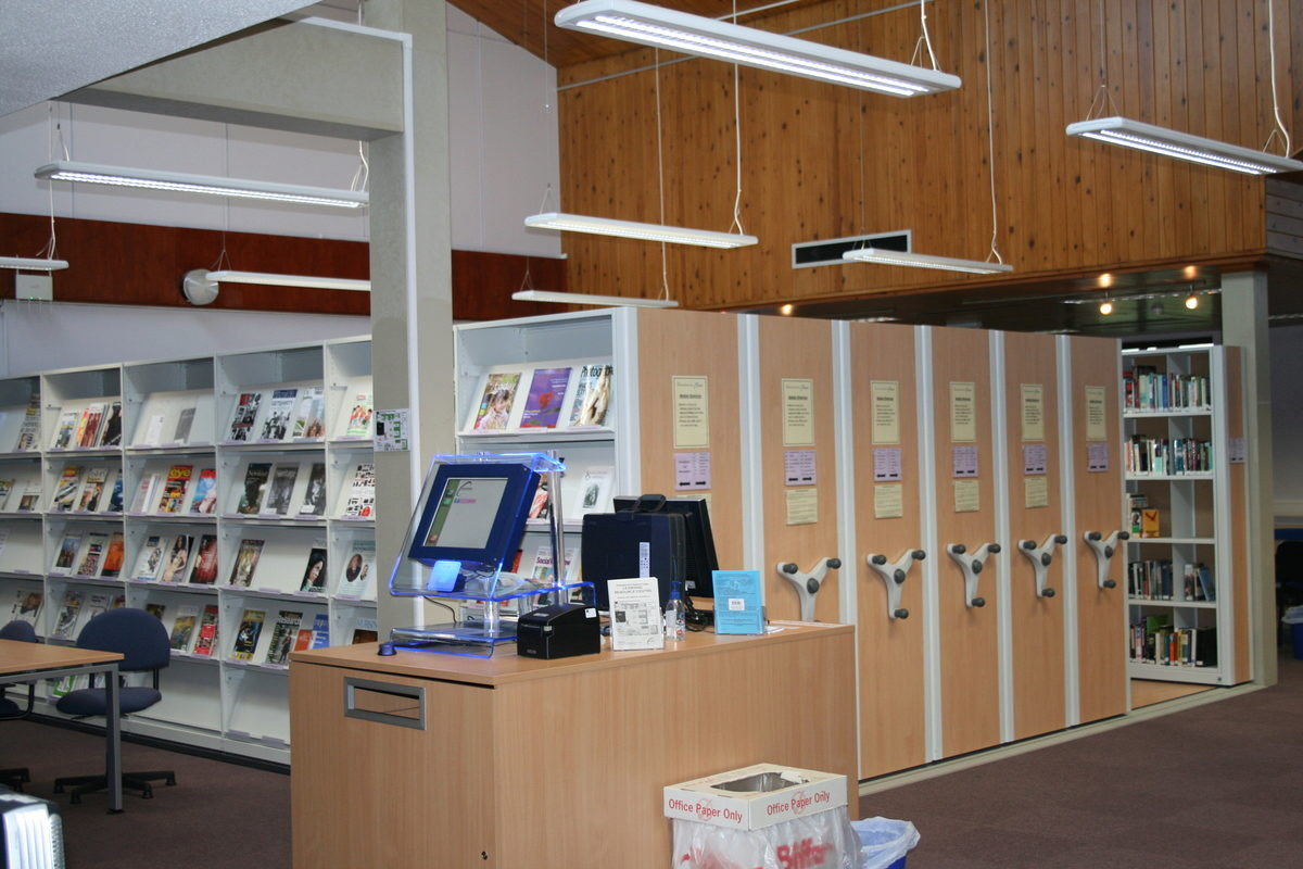 Our mobile shelving solution offers many advantages over static library shelving, like freeing an open floor space area for exhibitions and talks.